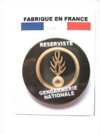 INSIGNE DE POITRINE (BADGE) DE LA GENDARMERIE NATIONALE LES RESERVISTES  ETAT EXCELLENT