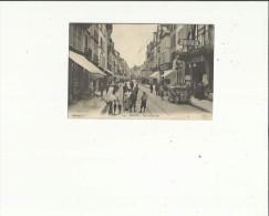 Troyes  10    La Rue Emile Zola Tres Tres Animée -Voiture--Lingerie-Epicerie Et Café - Troyes
