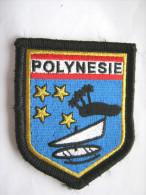 INSIGNE TISSUS PATCH GENDARMERIE NATIONALE ECUSSON DE BRAS POLYNESIE VARIANTE (ILE NOIRE PLEINE ) SUR VELCRO AGREE DGGN