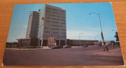 1959 Buick Cars Voitures Court House Street Scene Wichita KS Sedgwick County Postcard - Wichita