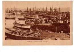 C P A----GALICIA---VIGO----descargando Pescado---voir 2 Scans - Espagne