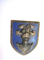 ANCIEN INSIGNE CHASSEURS ? CAVALERIE ? (Sans attache) BON ETAT GENERAL  DRAGO OLIVIER METRA DEPOSE PARIS