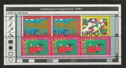 NEDERLAND, 1995, MNH Stamp(s) Block, Child Welfare,  Nr(s). Bl 45, #5713 - Period 1980-... (Beatrix)
