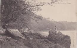 Cp , 29 , QUIMPER , La Rivière , La Chaise De L'Évêque - Quimper