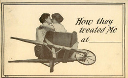 Couples - Couple - Amour - Baiser - Femmes - Femme - Brouette - How They Treated Me At - état - Koppels