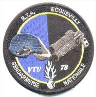 RARE INSIGNE TISSUS PATCH GENDARMERIE NATIONALE LE BTA ECQUEVILLY VTU DU 78 (VELCRO)