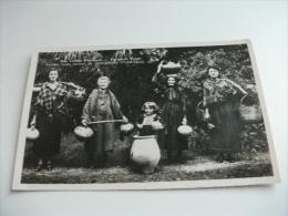 FOTOGRAFICA COSTUMI NUS VIELLES PROVINCES PORTEUSES D'EAU ANCIENS TYPES CURIEUX DE GASCOGNE PYRENEES ETC. - Costumi