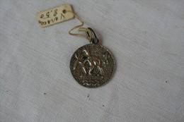 Médaille Du Zodiaque Du Verseau En ARGENT - Religion & Esotérisme