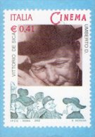 [DC0517] CARTOLINEA - RIPRODUZIONE DEL FRANCOBOLLO PER IL CENTENARIO DEL CINEMA - VITTORIO DE SICA - UMBERTO D. - Briefmarken (Abbildungen)