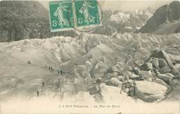 74 - CHAMONIX - La Mer De Glace - Chamonix-Mont-Blanc