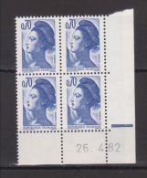 FRANCE / 1982 / Y&T N° 2240 ** : Liberté 0.70 F Bleu-violet X 4 (avec PHO) - Coin Daté 1982 04 26 (RE) - 1980-1989