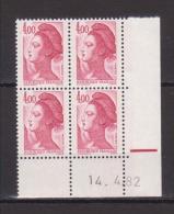 FRANCE / 1982 / Y&T N° 2244 ** : Liberté 4 F Carmin X 4 - Coin Daté 1982 04 14 Avec Repère - 1980-1989