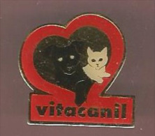 36097-Pin's.Vitacanil Des Laboratoires Arkopharma.Chien.chat. - Animals