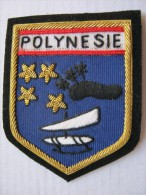 RARE INSIGNE TISSUS PATCH GENDARMERIE NATIONALE ECUSSON DE BRAS POLYNESIE (ILE NOIRE PLEINE ) EN CANETILLE