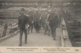 Guerre 14-18 - Prisonniers Allemands Faits Aux Environs De NOYON , Dirigés Sur Compiègne - Guerra 1914-18