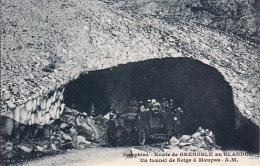 1492  24Dauphine, Route De Grenoble Au Glandon Un Tunnel De Neige à Maupas - France