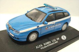 - Polizia Stradale Italia - Alfa Romeo 156 SW 2003 - 1/43 - Police Polizei Polis