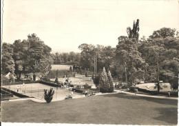 Cpsm Gf -   LOUVECIENNES - Domaine De Voisins - Vue Sur Le Parc ( Tennis )  107 - Louveciennes