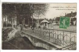 CPA AUBIGNY SUR NERE (Cher) - Pont Sur La Nère Et Boulevard De La République - Aubigny Sur Nere