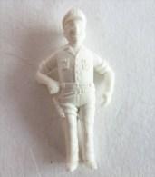 FIGURINE PUBLICITAIRE STENVAL TINTIN 06 monochrome Blanc - pas dunkin - herg�