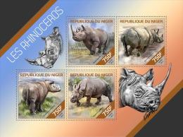 nig14212a Niger 2014 Rhinoceros s/s