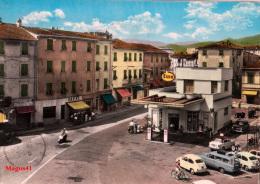 SARZANA (LA SPEZIA) - PIAZZA SAN GIORGIO - OLD CARS VESPA - La Spezia