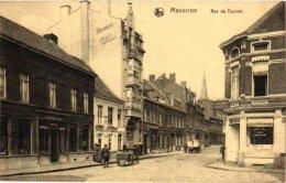 HAINAUT   4 CP  Mouscron   Rue De Tournai Vendeur De Moules?1919  Quartier De L'Ours Café Neptune La Poste Rue Des Moul - Mouscron - Moeskroen