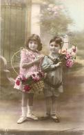 Couple D'enfants Et Fleurs TTBE - Ostern
