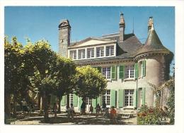Cp, 37, Azay-le-Rideau, Château De Plessis, La Terrasse - Azay-le-Rideau