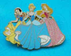 3 Princesses Blanche-Neige-Cendrillon et Aurore - Disneyland Resort Paris