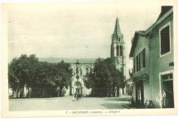 SOUSTONS - Place De L' Église - éditeur DELBOY N°7 - Soustons