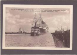 *Saint-Nazaire - La Forme Ecluse - Le Paquebot Ile De France Y Entrant Pour La Première Fois Oct 1932 - Saint Nazaire