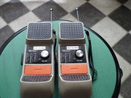PAIRE DE TALKIE WALKIES   KIDGET ELECTRONIC  WT 3100  ANNEES 1970  Vintage - Appareils