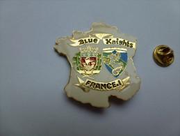 Superbe big pin�s , Blue Knights France I , association , carte de France , blason