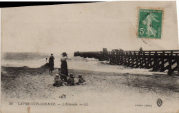 Cpa 1906 CAPBRETON, Landes, L´estacade, Promeneurs,  (42.100) - Capbreton