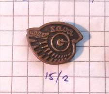 SAVA Ruma (Serbia) Yugoslavia / TIRE Tyre Pneu Pneus Pneumatic Pneumatique Tyres, Tires Banden Reifen - Badges