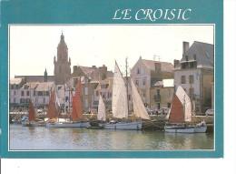 44 LE CROISIC / N° 4.6422 : VIEUX GREMENTS Dans Le Port / CPM Voyagée 1991 (T. D Vert) / Bon Etat - Le Croisic