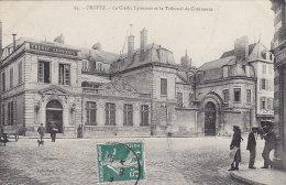 Banques - Banques Crédit Lyonnais Troyes - Banks