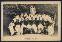 *Séminaristes* Al Dorso *Pour L´OEuvre Des Prêtes Malagaches...* Nueva. - Madagascar