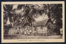 Toamasina *Tamatave. A L´ombre Des Cocotiers* Dorso *Pour L´OEuvre Des Prêtes Malagaches... Nueva. - Madagascar