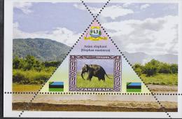 Fantasy Label Elephants Elefant Elefante éléphant  NEW NICE 6  Sheets - Vignettes De Fantaisie