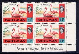 BAHAMAS, CORNER BLOCK, NO. 322, MNH