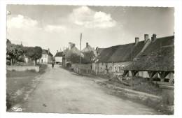 COLMERY Dpt58 Route De Menou CPSM 9x14 De 1958 Ed Cim - Autres Communes