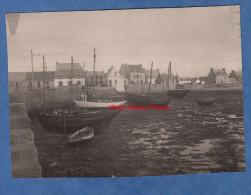 2 Photos anciennes - LE GUILVINEC ( Finist�re ) ou environs - Port de P�che et Phare - Bateau de p�cheur - TOP RARE