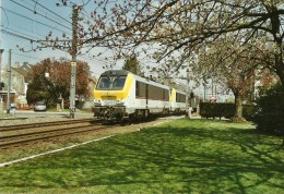 FLEURUS PHOTO DE LA GARE INTERIEURE  AVEC UN TRAIN DE MARCHANDISES - Trains