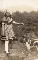 Cpa-photo D'une Fillette Lorraine, Cocarde Sur Bonnet De Dentelle, Studio Hall Metz Prillot (21.36) - Enfants