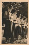SCOUTISME - Chez Les Eclaireuses - Le Clan - Pfadfinder-Bewegung