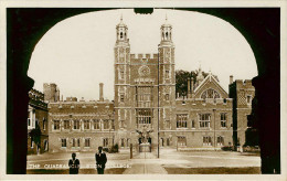 Royaume-Uni - Angleterre - Berkshire - The Quadrangle , Eton College - état - Inghilterra