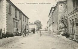 """/ CPA FRANCE 81 """"Teillet, Centre Du Village Sur La Route De Lacaune"""" - Andere Gemeenten"""