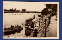 03 VICHY Les Quais De L'Allier Et Embarcadère Du Golf ; Barque - Animée - Vichy